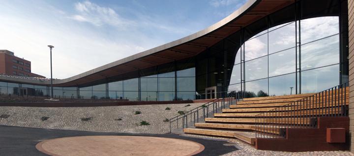 Vuoden Ympäristörakenne 2013: </br>Saunalahden koulun piha-alue on inspiroiva osa asuinalueen ympäristöä